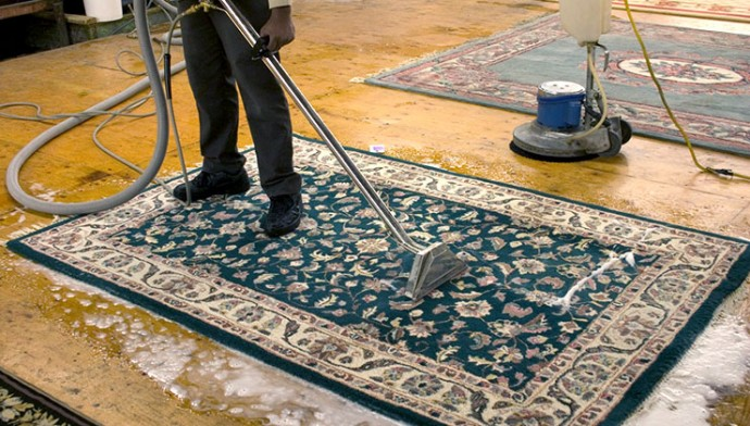 deep carpet cleaning Bury1